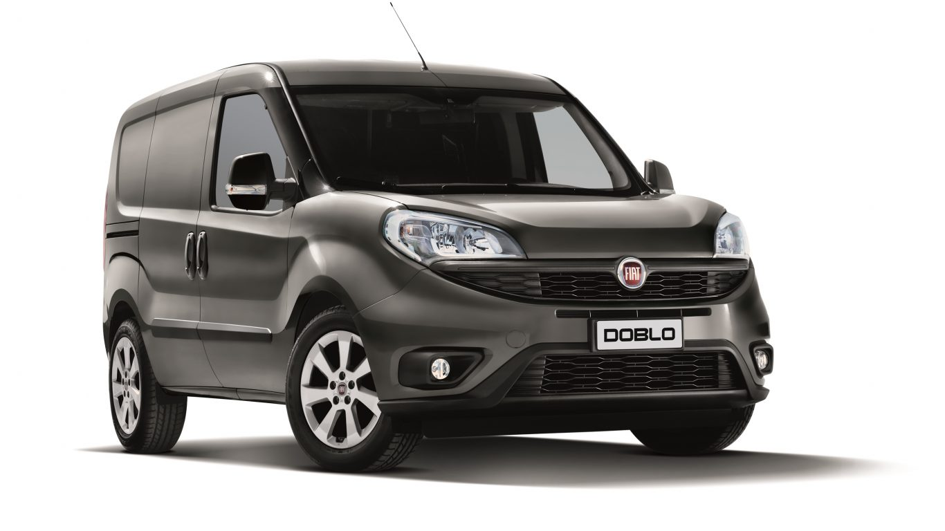 fiat doblo ve fiorino ngiltere nin en yisi se ildi piston kafalar. Black Bedroom Furniture Sets. Home Design Ideas