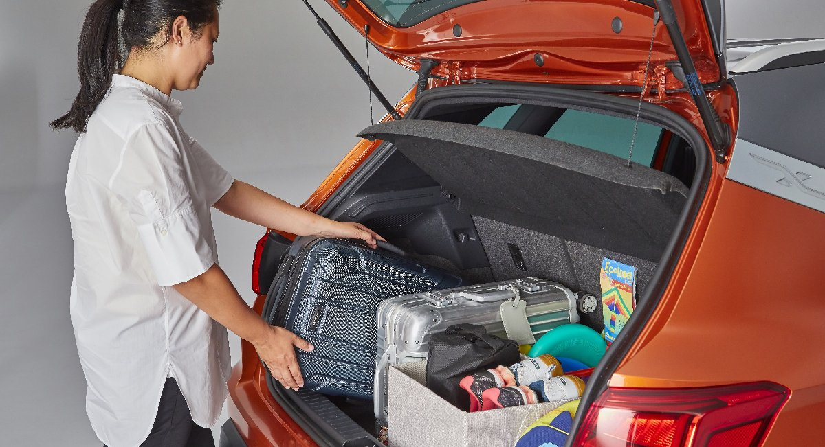 1534510261_how_to_load_the_boot_of_your_car_for_the_holidays_004_hq-kopya